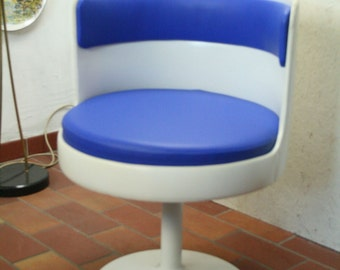 70s tulip footed swivel chair in blue