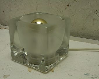 Peil and Putzler ice cube table light