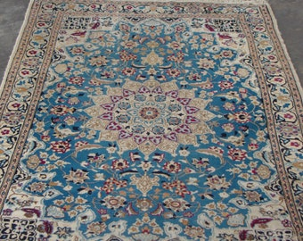 Vintage Persian rug , magic carpet !
