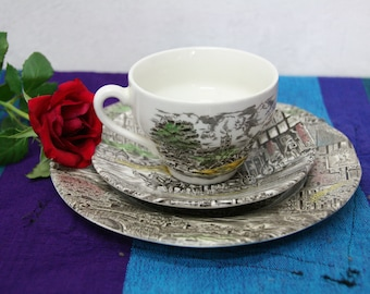 Vintage Wedgwood Dickens coaching days Cup and saucer trio