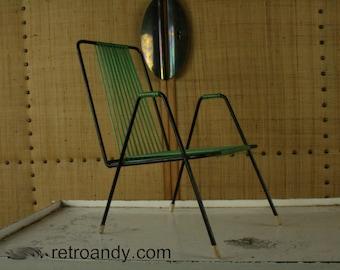Vintage 50s spaghetti garden dolls chair
