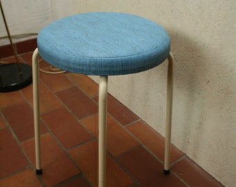60s kitchen/bedroom skai stool