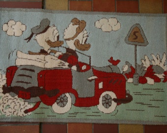 Walt Disney rug or carpet with Donald and Daisy Duck