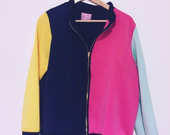 Colourblock zip up jacket size M