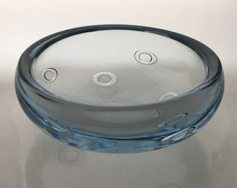 Gunnar Nylund for Strömbergshyttan bowl with ring bubbles signed to base t345?