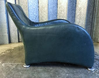 Vintage Montis Loge armchair designed by Gerard van den Berg circa 1990's racing green leather