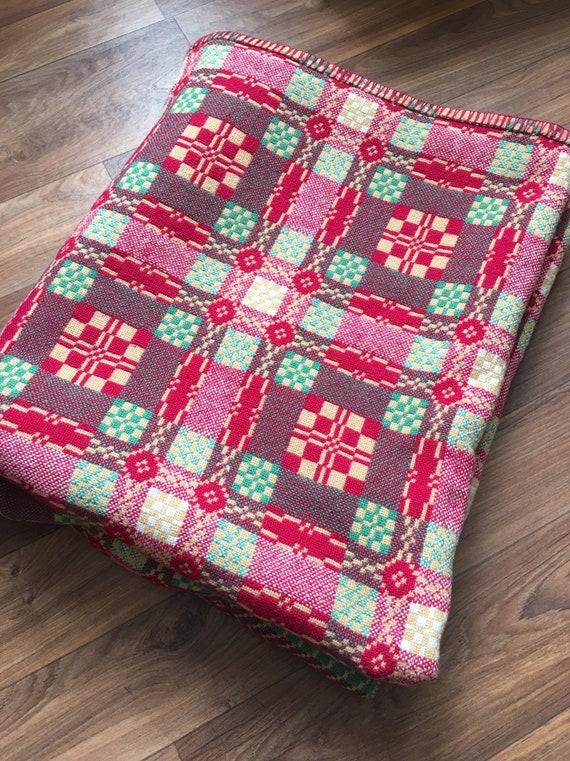 Vintage Welsh blanket caernarfon sessesionist style pattern in wool