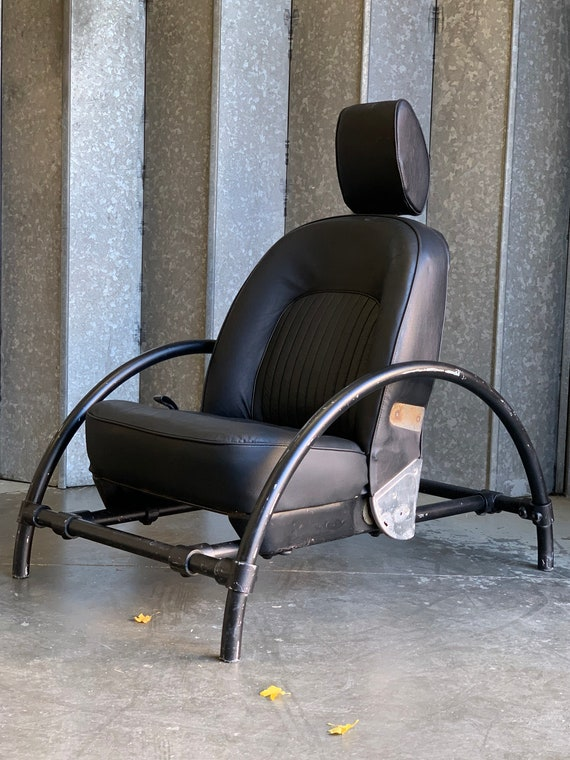 Ron Arad Rover chair black leather circa 1982 for One Off designs