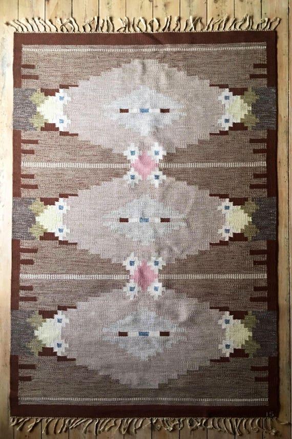Vintage Swedish rolakan wool rug by Ingegerd Silow circa 1950's 242 x 167 cm
