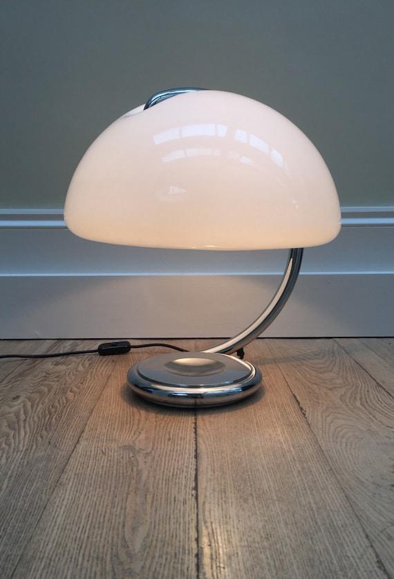 Original Mid-century Modernist retro Elio Martinelli (1921-2004) Serpente lamp model 599 made in Italy, designed in 1968.