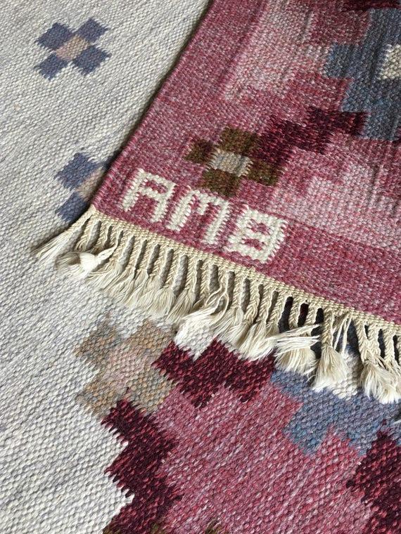 Vintage Swedish Scandinavian flat weave rölakan or rug by Anne-Marie Boberg