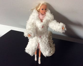 Clothing doll Barbie, steffi wool pink and white