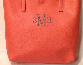 Monogrammed Bags     Embroidered Totes    Embroidered Bags   Tote Bags    Monogrammed Totes    Monogrammed Purses   Custom Embroidery