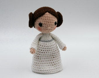 Crochet pattern: princess Leia