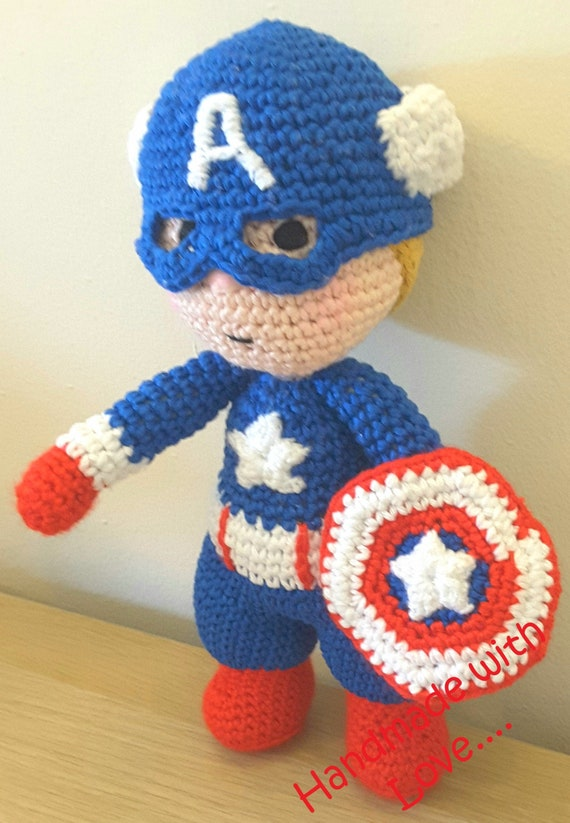 Captain America free crochet pattern - 10 Free Crochet Superhero ... | 823x570