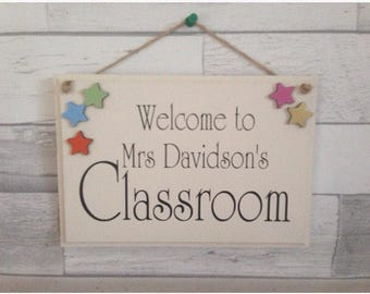 Classroom welcome sign, classroom sign, new teacher gift, personalised teacher plaque, fun classroom door hanger,
