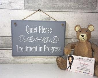 Treatment in progress notice, Chunky wooden door sign. Salon door hanger, do not disturb, therapy im session, quiet please, beauty, etc.