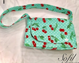 Diaper bag, doll accessory, doll play, flemish, dog, cat, cherry, made in Quebec