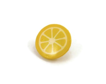 Yellow lemon slice pin, fruit badge, summer jewellery, eco-friendly painted plastic jewelry (recycled CD)