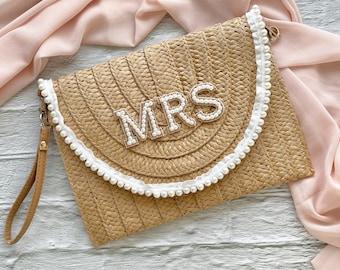 Luxury Pearl Mrs Straw Clutch Bag / Bride Clutch Bag / Wedding Clutch / Mrs Initial Clutch Bag