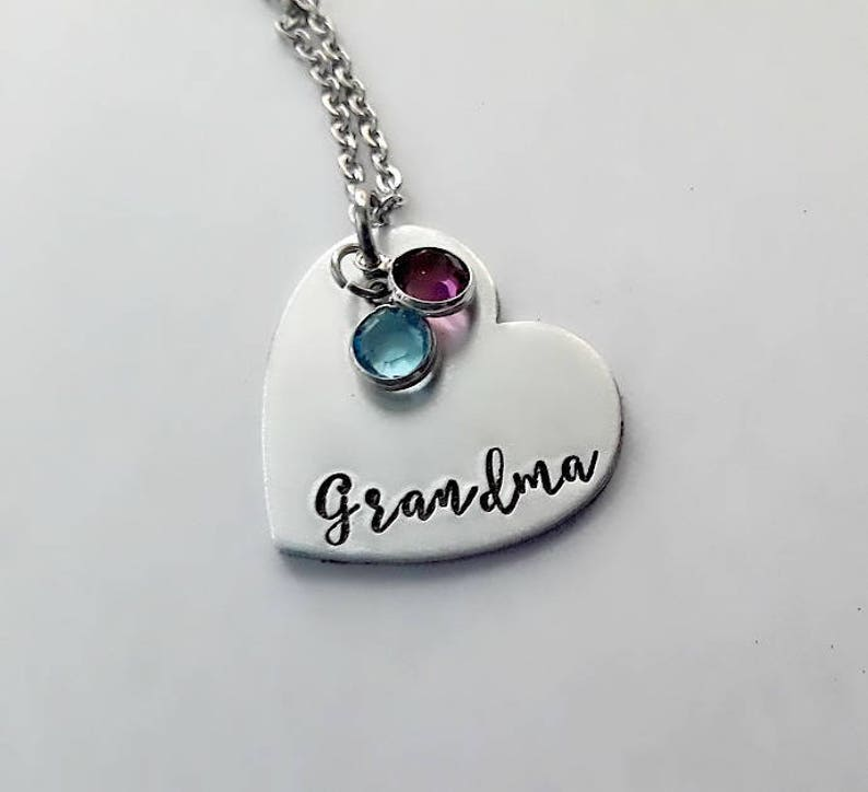 Mother/'s Day Gift Mommy Jewelry Family Birthstone Gift for Nana Personalized Grandma Necklace Hand Stamped Heart Pendant Necklace