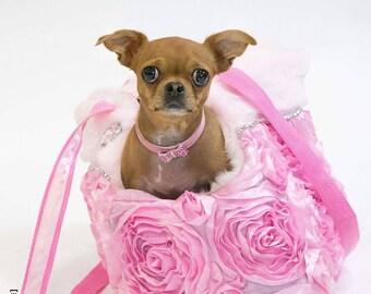 Dog carrier Transporter, tote bag, Pet carrier, traveling bag, lightweight