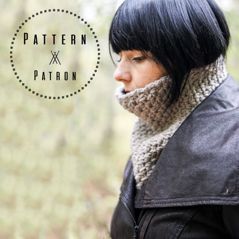 CROCHET PATTERN 033  Cozy neck warmer for all family  image 0