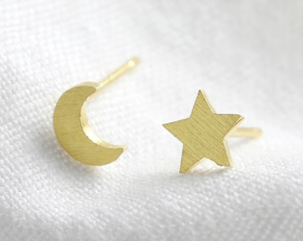 Gold Mismatched Star and Moon Stud Earrings