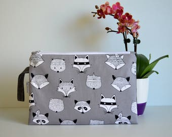Medium size Wet Bag, zippered bag, travel pouch, toiletry bag, nappy bag - Fox and friends
