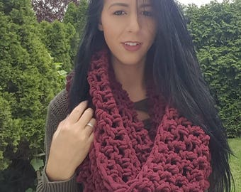 Chunky Crochet Scarf, Oversized scarf, Infinity scarf, Chunky Crochet Cowl, Crochet Scarf, Oversized Chunky Scarf, Knit Scarf, Crochet Scarf