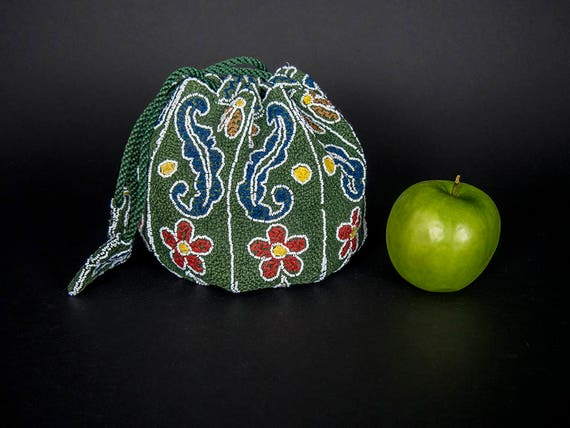 Vintage 30s Beaded Purse, Vintage 40s Handcrafted