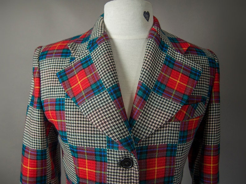 Vintage 1970/'s Super Sweet Quilted Pattern Wool Jacket Made in ItalyUnique Multi Coloured Wool Blazer-Free Shipping to Canada and U.S.A