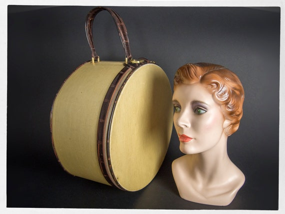 Vintage 50s Hat Box, Vintage Travel Hat Box, Vinta