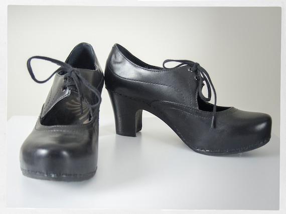 Preloved 90s Shoes, Retro DANSKO Shoes, Platform S