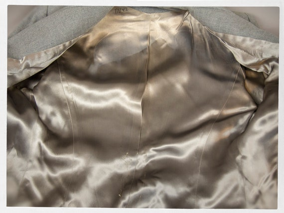 Vintage 50s Suit, Fitted Grey Wool Ladies Suit, V… - image 6