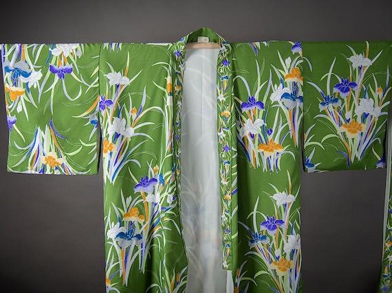 Vintage 80s KIMONO, Gorgeous Floral Polyester Kimo