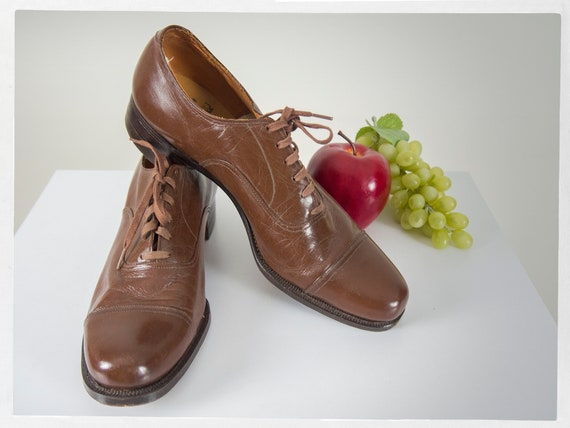 Vintage 40s Shoes, Elegant 40s Gentlemen's Shoes,