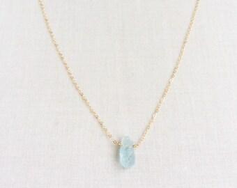 Raw Aquamarine Necklace, Aquamarine Jewelry, Aquamarine, Aquamarine Crystal, Raw Crystal Necklace, Dainty Gold Necklace, Gold Necklace,BN3R