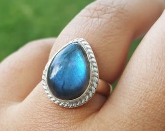 Labradorite Ring - Stacking Ring - Labradorite Ring Silver - Labradorite Jewelry - Teardrop Solitaire Ring - Gemstone Engagement Ring
