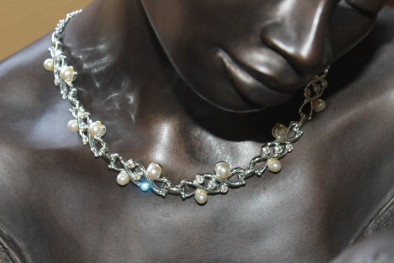 Sarah Coventry Pearl Rhinestone Necklace - image 2