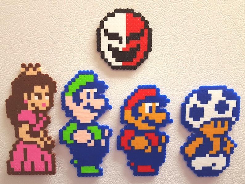 Perler beads Mario, pixel art, video game, nes, super mario bros 2, Perler,  toad, luigi, 8 bit, super mario, perler art