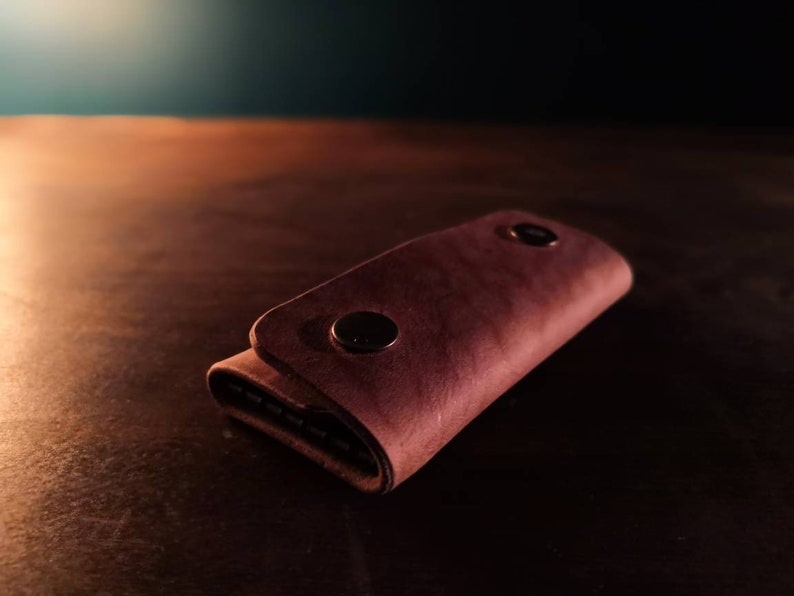 Leather Key Wallet  protect your pocket and organise your image 0
