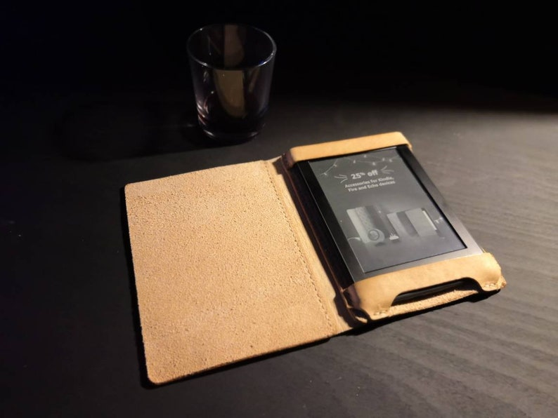 Kindle Paperwhite British Leather Case  side flap READY TO image 0