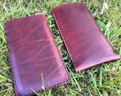 Protect your smartphone, iPad or laptop with a slip-in leather case/sleeve
