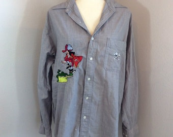 Vintage Disney Store 90s Captain Hook Peter Pan Skull Button Down Gray Chambray