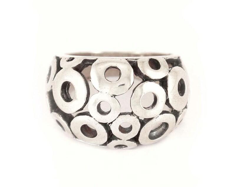 Polka dot ring image 0