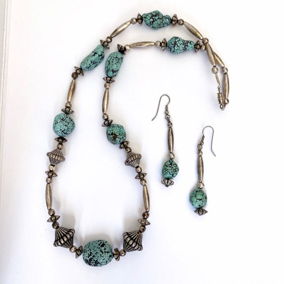 Gorgeous Vintage Spiderweb Turquoise Beaded Set