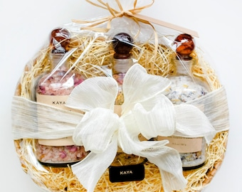 Large Gift Set - Bath Salts Apothecary Bottles   100% Natural   Spa & Relaxation   Rose Lavender   Gift   Christmas   Thanksgiving