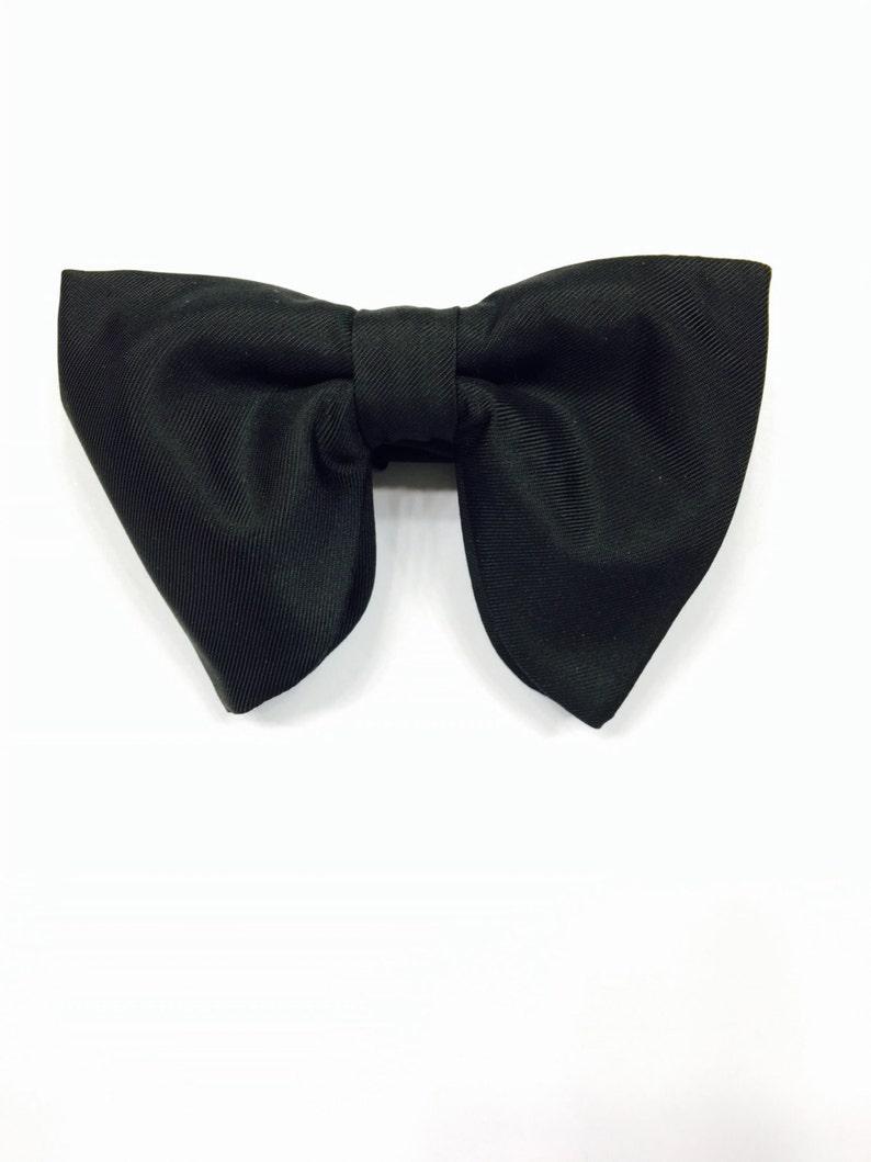 e7df53741f77 Large Bow Tie Wedding Bow Tie Mens Bowties Big bowtie Groom | Etsy