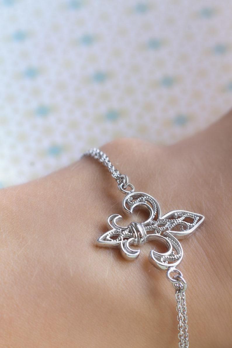 927a3008ee7f Pulsera plata con Flor de Lis Colección de Filigrana Joyas